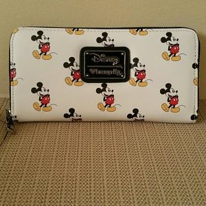 Loungefly X Mickey Print Wallet